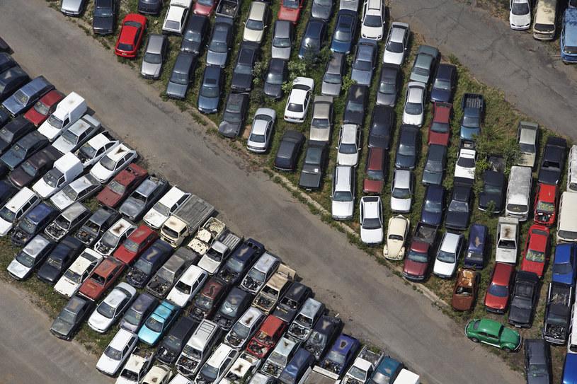 parkowanie samochodu /© Photogenica