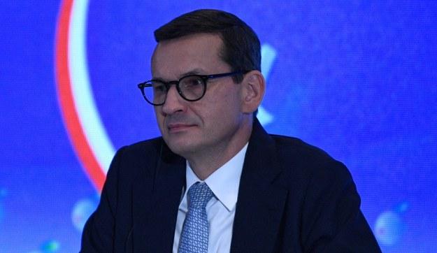 Parlament Europejski wzywa premiera Mateusza Morawieckiego, aby nie kwestionował nadrzędności prawa UE nad krajowym i wycofał swój wniosek w tej sprawie z Trybunału Konstytucyjnego. /Darek Delmanowicz /PAP