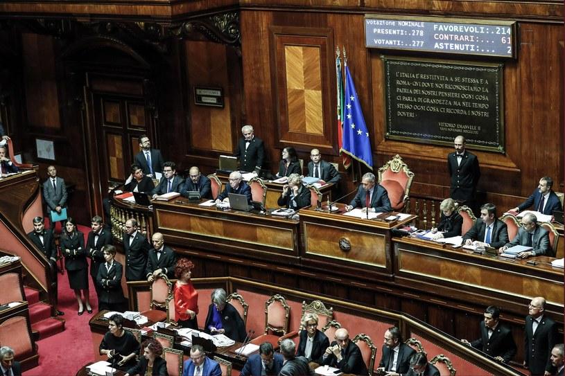 Parlament przyjął nową ordynację /ANGELO CARCONI /PAP/EPA