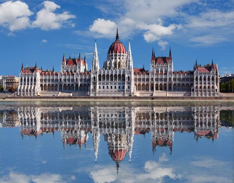 Parlament w Budapeszcie /123RF/PICSEL