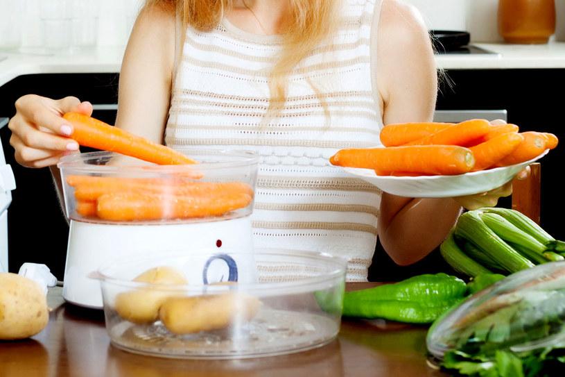 Parowar myjemy po każdym gotowaniu! /123RF/PICSEL