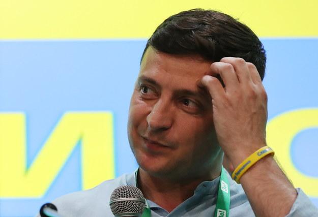 Partia prezydenta Ukrainy  po raz pierwszy w historii Ukrainy może utworzyć jednopartyjną większość parlamentarną /TATYANA ZENKOVICH  /PAP/EPA