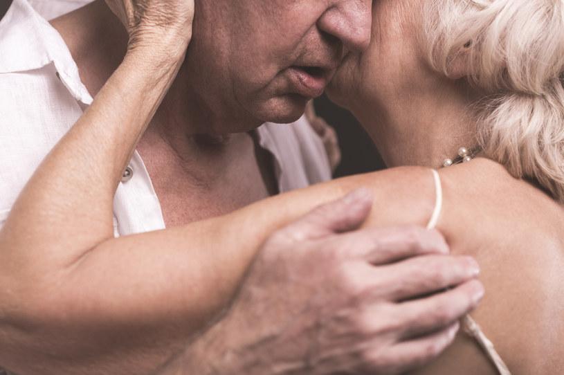 Partnerzy w związku często upodabniają się do siebie /123RF/PICSEL