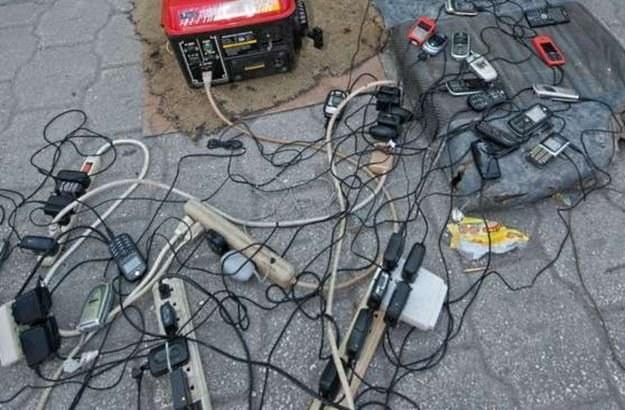 Partyzanckie sprzedawanie telefonów na Białorusi - nic nadzwyczajnego dla Polaka /AFP