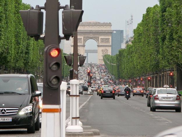 Paryż całkiem stanie w korkach? / Fot: Łukasz Szeląg /Reporter