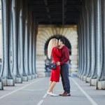 Paryż wymarzonym celem romantycznej podróży