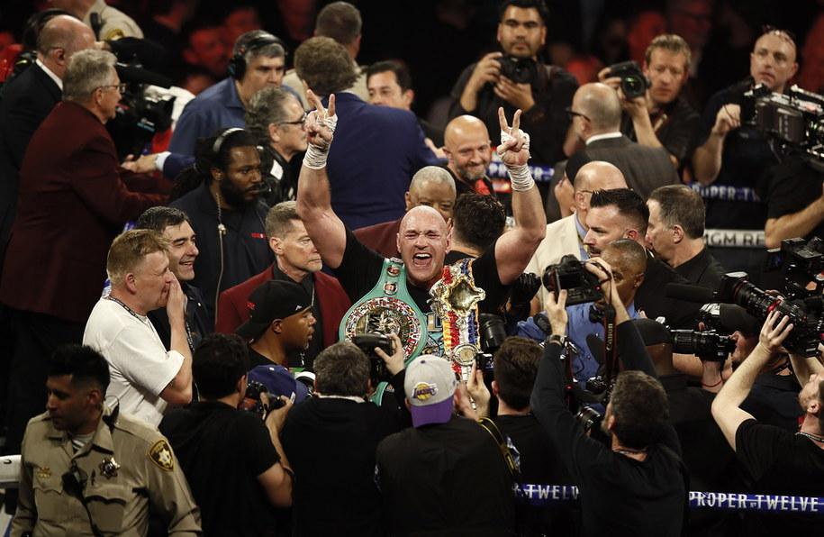 Pas mistrza WBC trafił do Taysona Fury'ego /ETIENNE LAURENT /PAP
