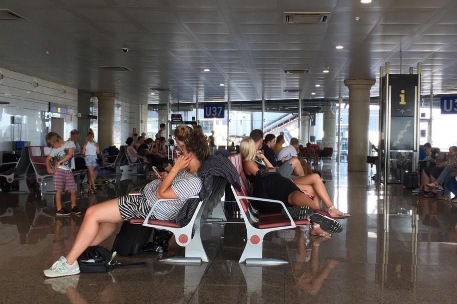 Pasażerowie czekają na powrót do Polski /Gorąca Linia RMF FM
