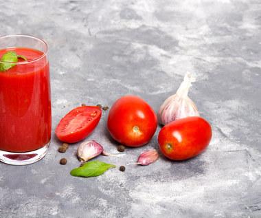 Passata pomidorowa: Dlaczego warto ją jeść? Jak zrobić i wykorzystać?