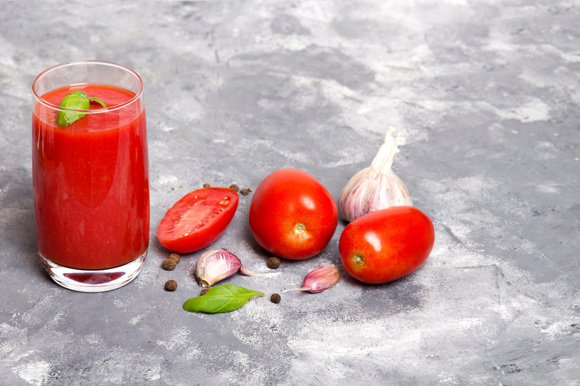 Passata pomidorowa to nic innego, jak znany nam wszystkim przecier pomidorowy /123RF/PICSEL