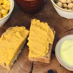 Pasta fasolowa curry z pieczoną marchewką