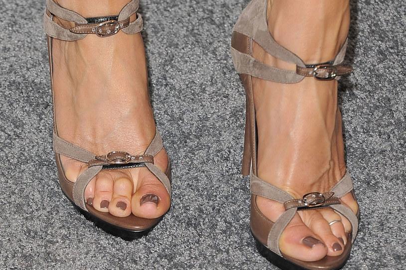 Pastelowy pedikiur Jennifer Aniston /Getty Images/Flash Press Media