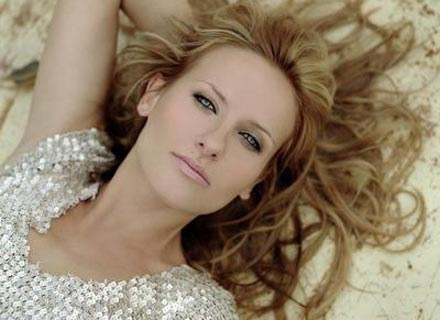 Patrycja Markowska nagrała swój największy przebój /EMI Music Poland
