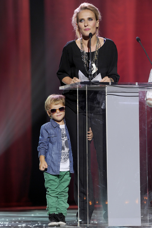Patrycja Markowska z synem, 2011 rok /Baranowski /AKPA