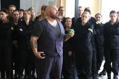 """Patryk Vega kręci nowego """"Pitbulla"""". Zobacz zdjęcia z planu"""