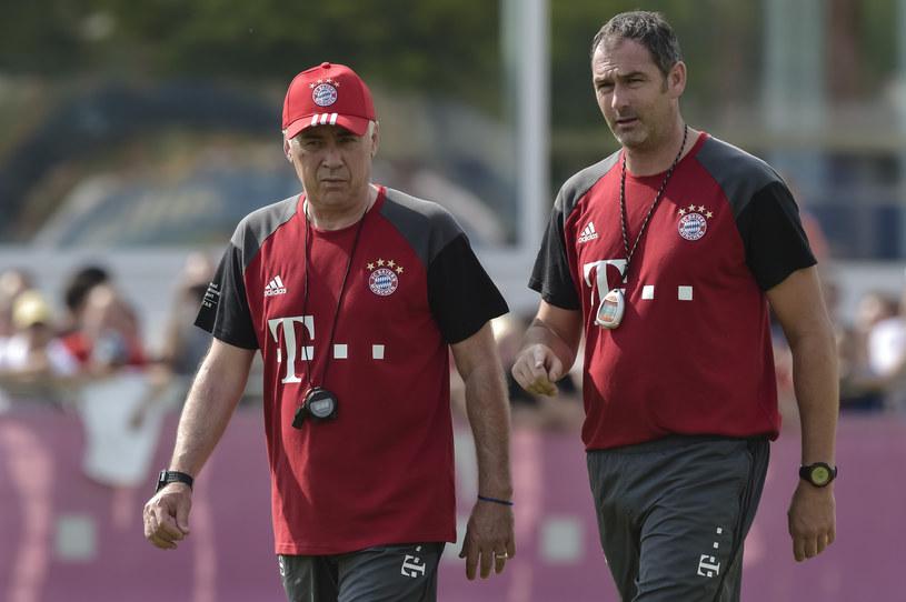 Paul Clement (z prawej) i Carlo Ancelotti /AFP
