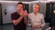 """Paul McCartney promuje """"Egypt Station"""" zaskakując ludzi w windzie. To nagranie jest hitem sieci"""