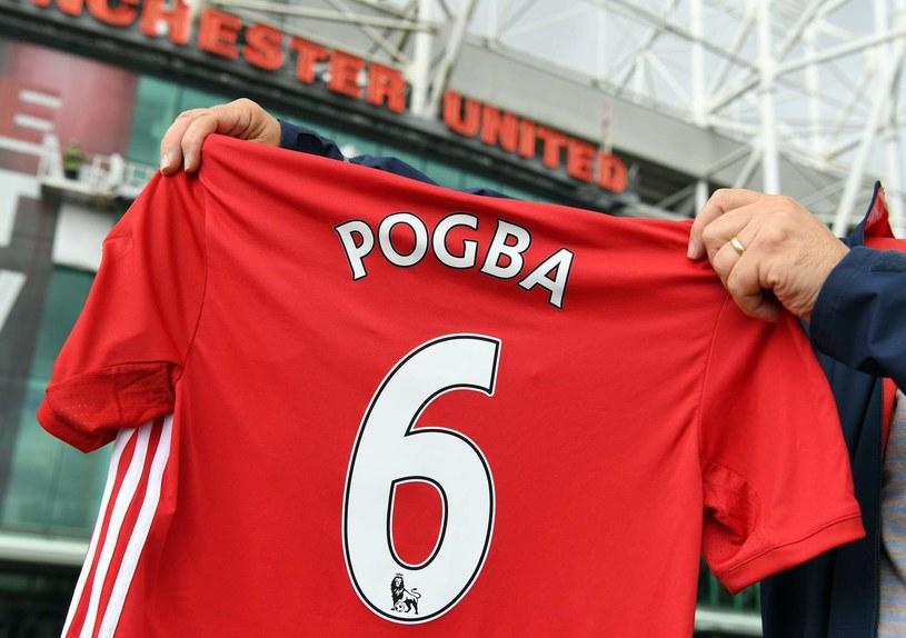 Paul Pogba był bohaterem najdroższego transferu letniego okienka. Francuz kosztował 105 milionów euro /AFP