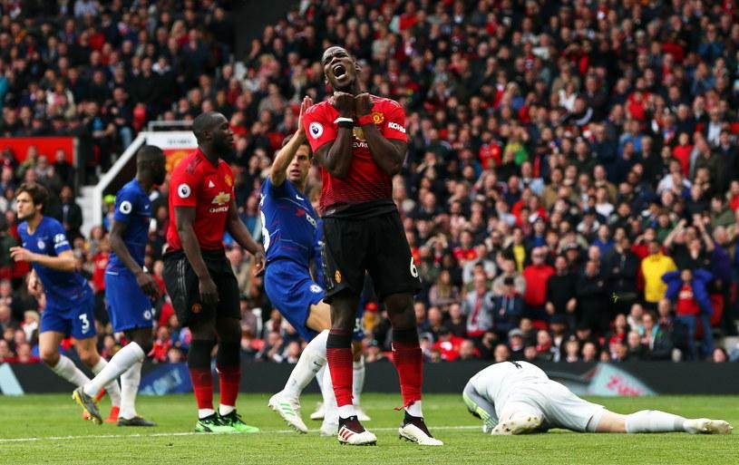 Paul Pogba (w środku) to najdroższy piłkarz w historii Manchesteru United /PAP/EPA/Nigel Roddis /PAP/EPA