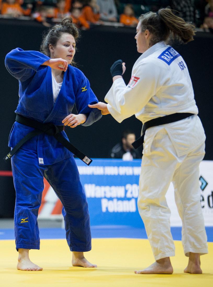 Paula Kułaga (niebieski strój) /Tomasz Jastrzębowski /East News