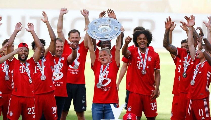 """Paulina Chylewska """"Chylę czoła"""":  Kathleen Krueger. Jedyna kobieta w autokarze Bayernu Monachium"""