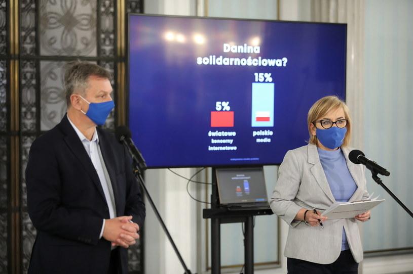 Paulina Hennig-Kloska i Andrzej Halicki / Leszek Szymański    /PAP