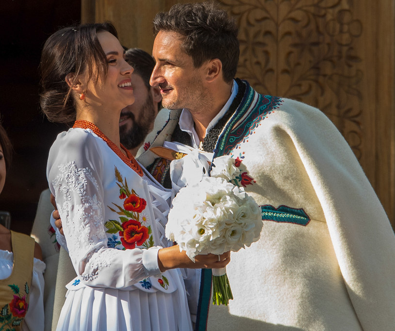 Paulina Krupińska i Sebastian Karpiel-Bułecka w dniu ślubu /Marcin Szkodziński /Agencja FORUM
