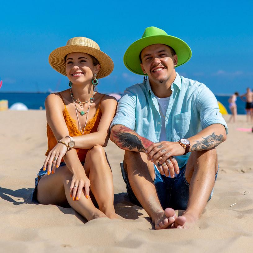 Paulina Łaba-Torres i Tomek Torres na gdańskiej plaży /archiwum prywatne