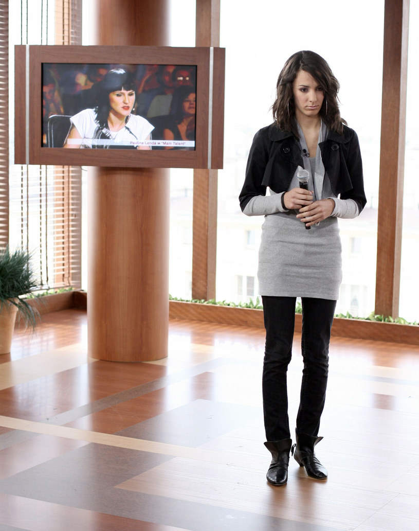 "Paulina Lenda na planie programu ""Mam talent"" w 2008 r. /Bartosz Krupa /East News"