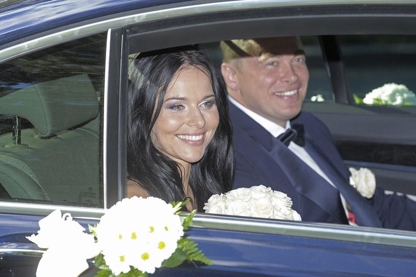 Paulina Sykut-Jeżyna z mężem w dniu ślubu, 2011 r. /Baranowski /AKPA