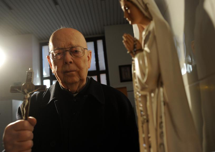 Paulista, ksiądz Gabriele Amorth, który podczas egzorcyzmów przywoływał Jana Pawła II / Vandeville Eric/ABACA /East News