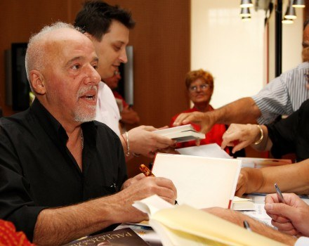 Paulo Coelho /Getty Images/Flash Press Media