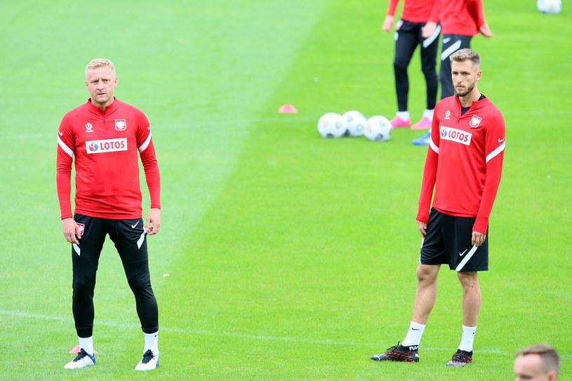 Paweł Bochniewicz (z prawej) i Kamil Glik /Tomasz Radzik /East News