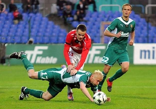 Paweł Brożek (numer 23) w meczu ze Śląskiem strzelił gola. Czy powtórzy to w sobotę? Fot.J.Żmijewska /INTERIA.PL