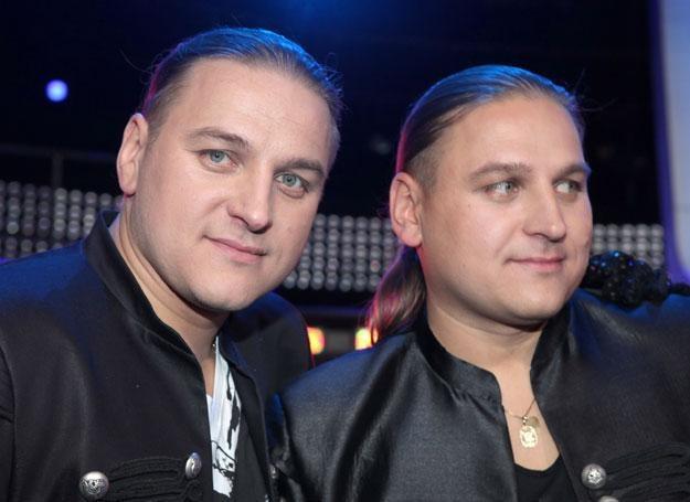Paweł i Łukasz Golcowie uwielbiali się zamieniac roalmi / fot. Paweł Wrzecion /MWMedia
