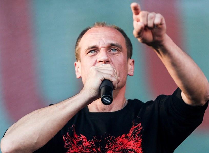 Paweł Kukiz - JOW-y to jego flagowe hasło i główny postulat /KAROLINA MISZTAL/REPORTER /East News