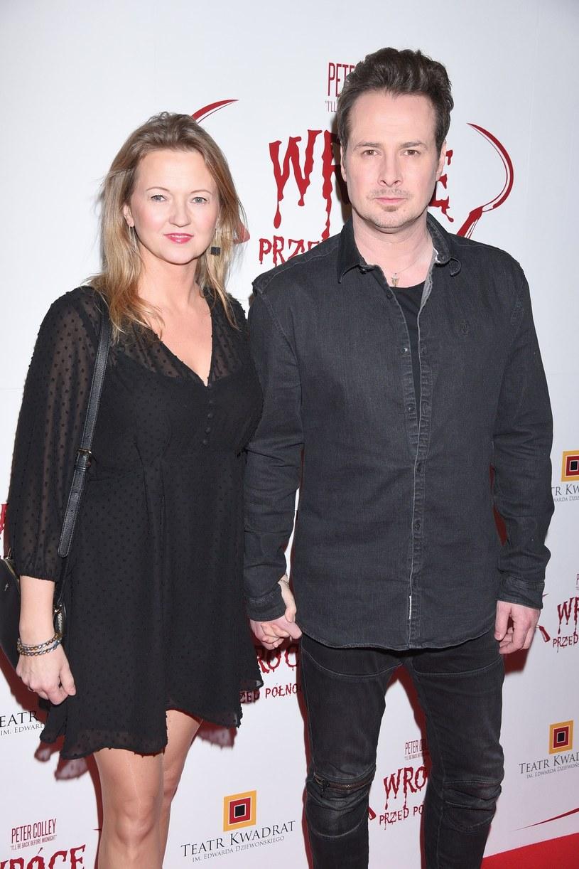 Paweł Małaszyński z żoną Joanną Chitruszko /Tricolors /East News
