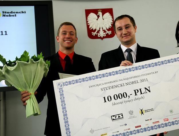 Paweł Matusik został w tym roku wybrany najlepszym studentem i otrzymał 10 000 zł/fot. T. Gzell /PAP