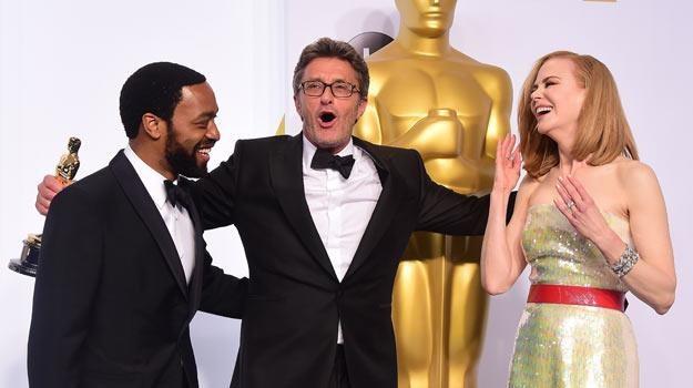Paweł Pawlikowski z Oscarem w towrzystwie Chiwetela Ejiofora i Nicole Kidman /AFP