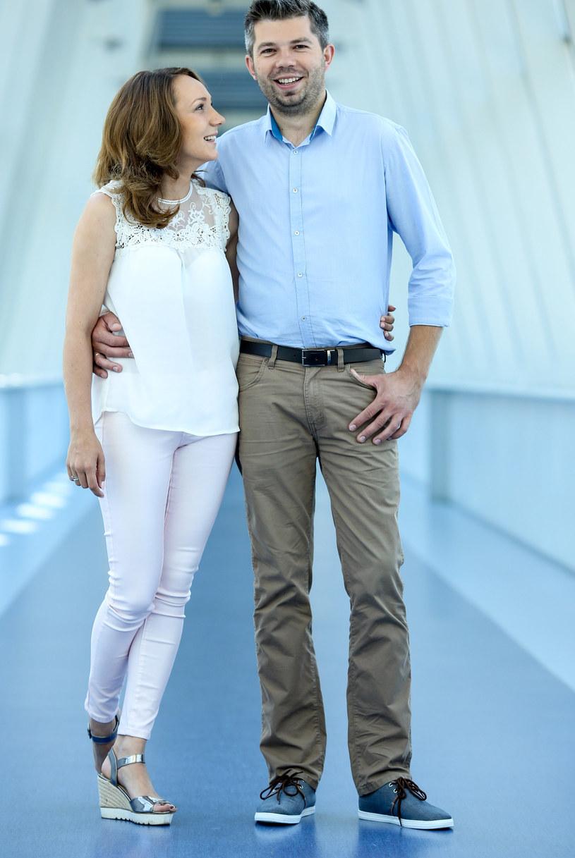 Paweł Szakiewicz z żoną Martyną /Krzysztof Kuczyk /Agencja FORUM