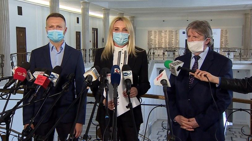 Pawel Szramka, Agnieszka Ścigaj i Andrzej Sośnierz podczas konferencji w Sejmie. /Polsat News /Polsat News