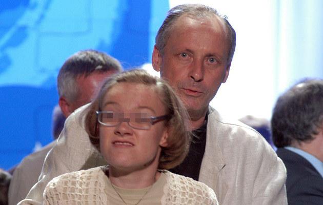 Paweł Wawrzecki z córką /- /East News