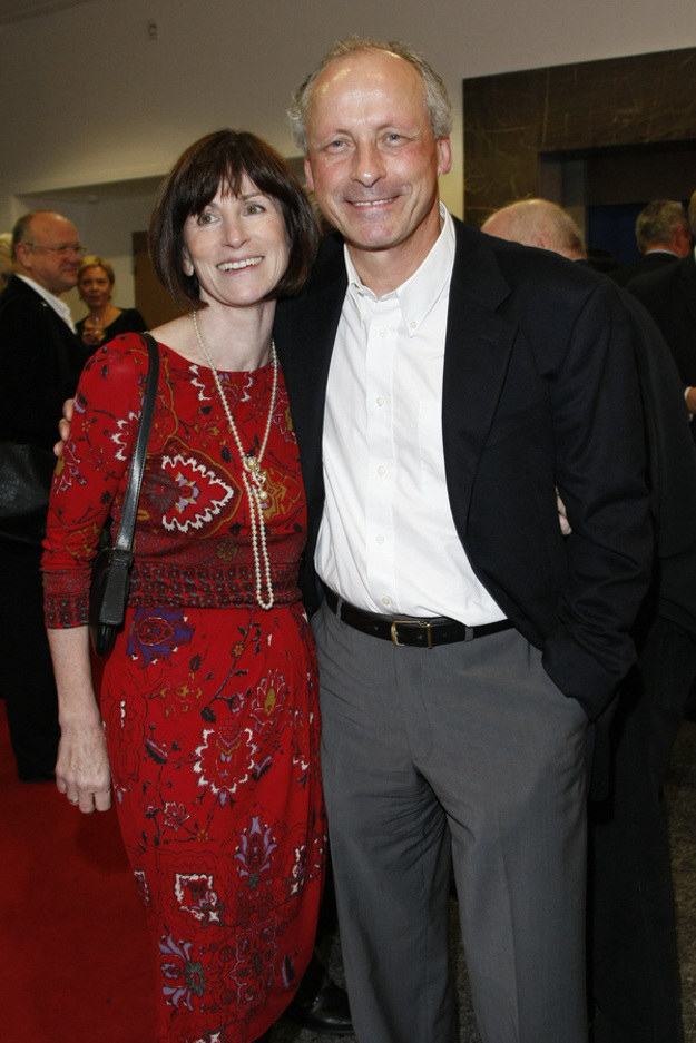 Paweł Wawrzecki z żoną Izabelą Roman /AKPA