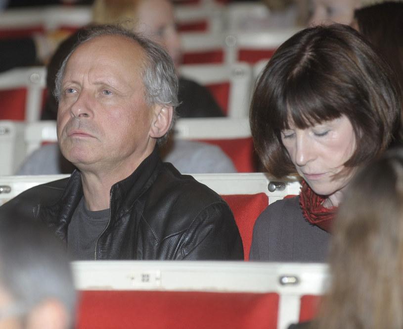 Paweł Wawrzecki z żoną Izabelą /Tricolors /East News