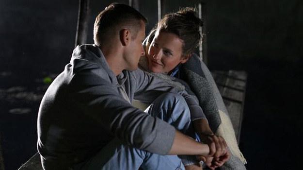 Paweł wie, że związek z Alą to wielka odpowiedzialność za nią i dziecko... /MTL Maxfilm