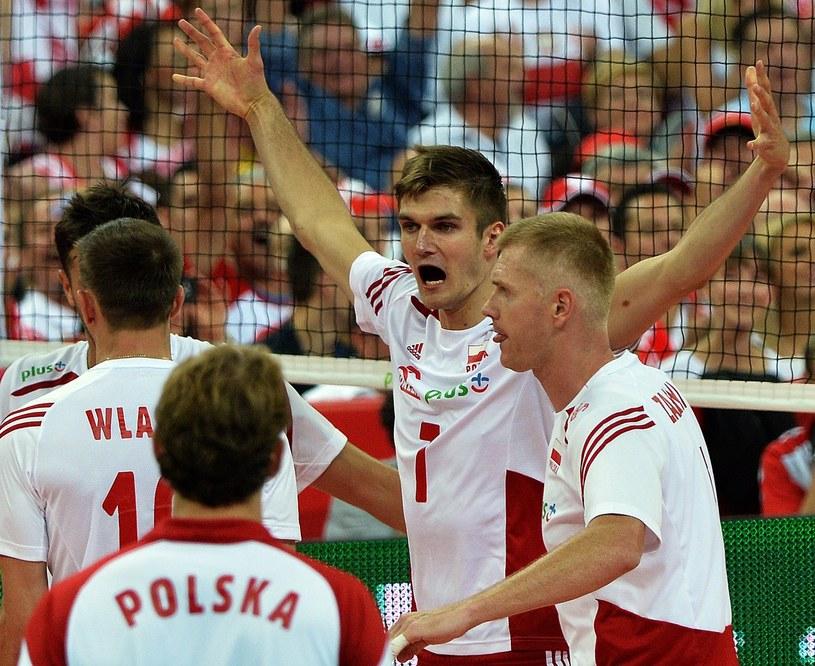 Paweł Zagumny (z prawej) podczas meczu reprezentacji Polski /AFP