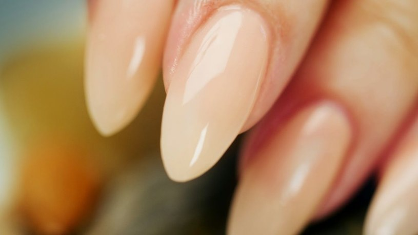 paznokcie akrylowe /© Photogenica