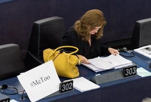 PE przyjął rezolucję w sprawie molestowania seksualnego