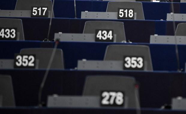 PE za odbieraniem funduszy krajom, które łamią zasady praworządności
