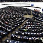 PE za powołaniem programu na rzecz obrony demokracji w Europie